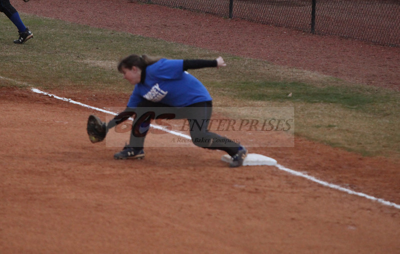 2011 LW softball_0026