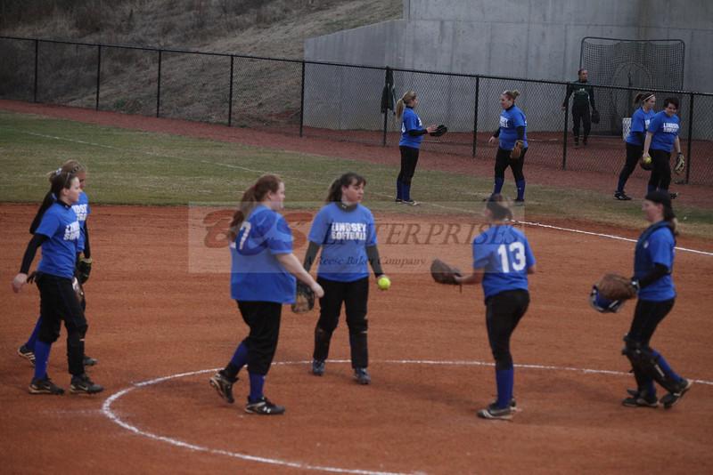 2011 LW softball_0035