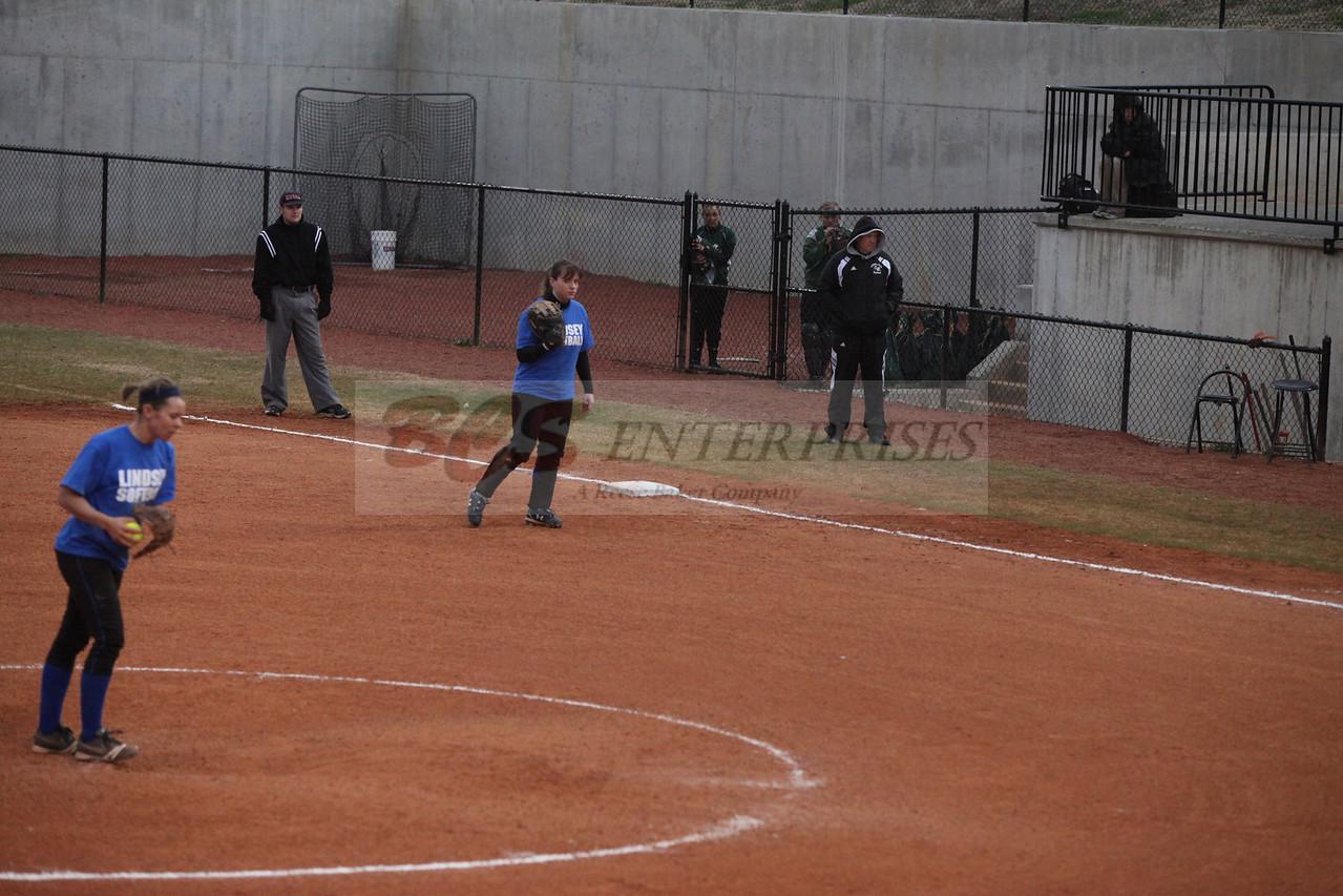 2011 LW softball_0042