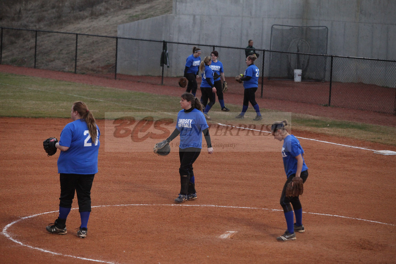 2011 LW softball_0032