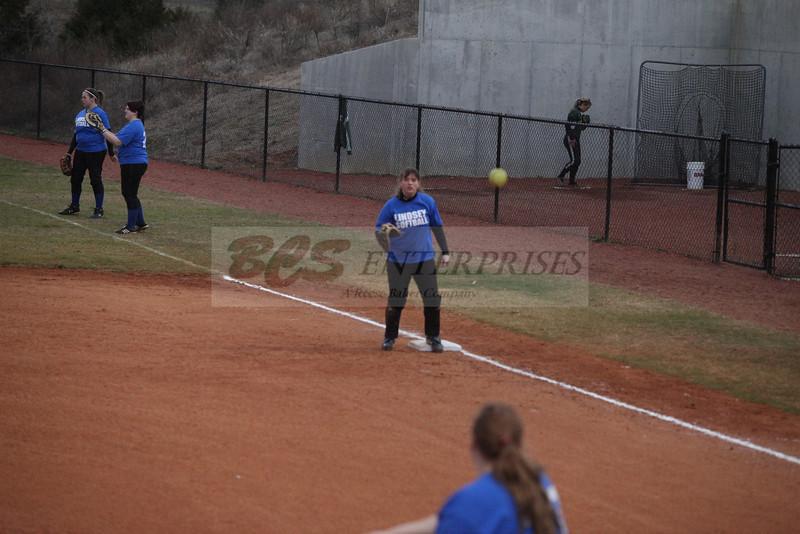 2011 LW softball_0028