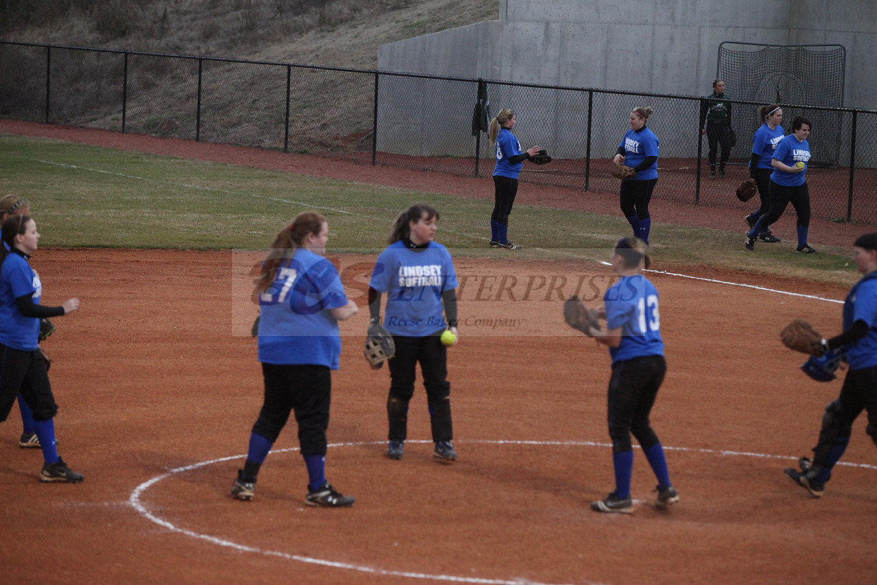 2011 LW softball_0034