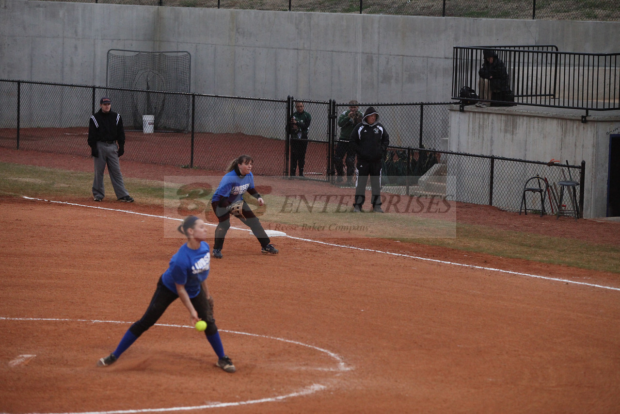 2011 LW softball_0045