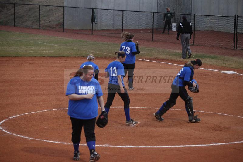 2011 LW softball_0038