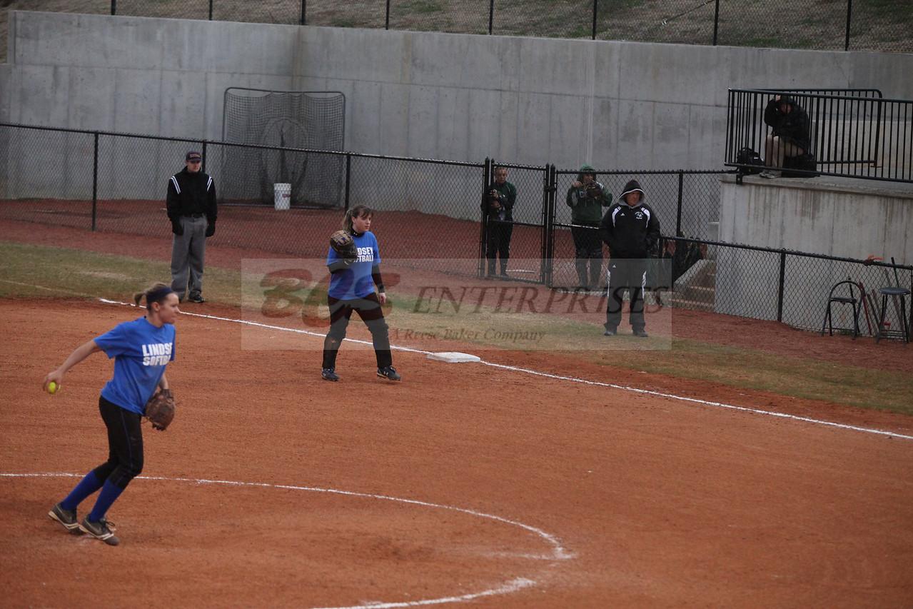 2011 LW softball_0048
