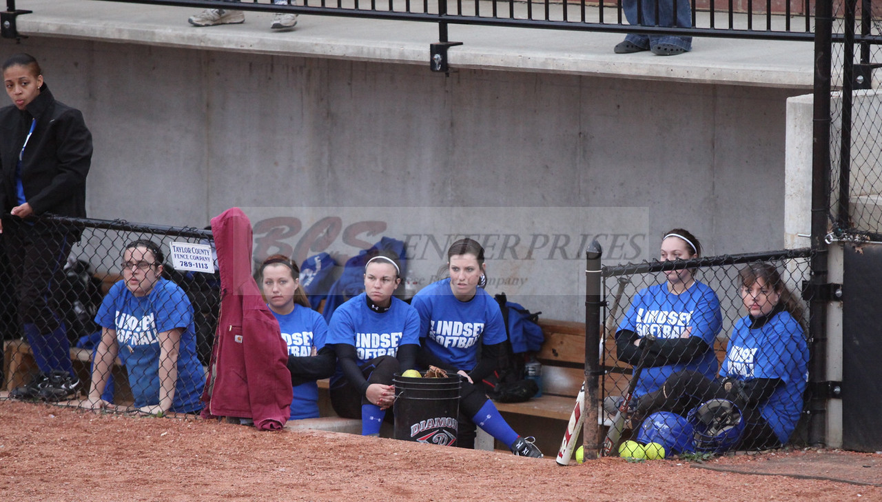 2011 LW softball_0004