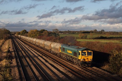 66617 on the 6L87 1236 Earles to West Thurrock at Cossington on the 12th November 2014