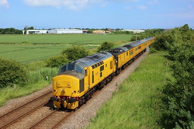 97303 leading 97304 on 1Q49 Derby RTC circular via Skegness departing Skegness back to Derby on 8 July 2021  Class37, Class97, NetworkRail, ThePoacherLine, TestTrain