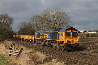 66729 leads the 6L28 Carlisle to Whitemoor engineers at Chellaston on the 31st January 2013