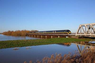 180112 on the 1A61 1058 Sunderland to Kings Cross crosses the Hundred foot drain, Ouse Washes on the 19th January 2020