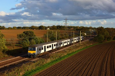 321426 working 2F65 1600 Walton-on-the-Naze to Colchester at Thorpe-le-Soken on 22 October 2020  Class321, GA, SunshineCoastLine