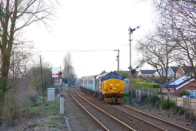 37407 tnt 37716 on the 2J80 1455 Norwich to Lowestoft at Cantley on the 18th March 2019