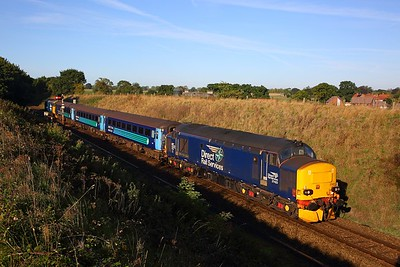 37423 tnt 37409 on the 2P12 0836 Norwich to Great Yarmouth at Acle on the 24th September 2018