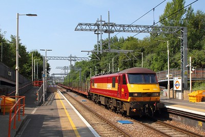 90035 on the 6L35 Mossend to Dagenham at Upper Holloway on the GOBLIN on the 7th July 2018