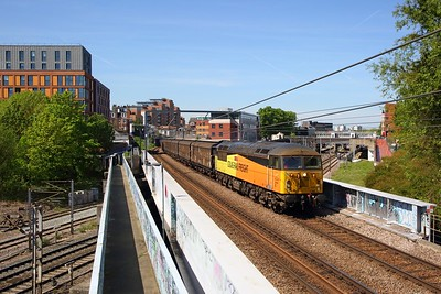 56302 on the 6L39 Bridgend Ford sidings to Dagenham at crosses the MML at Finchley Road and Froghall on the 13th May 2019