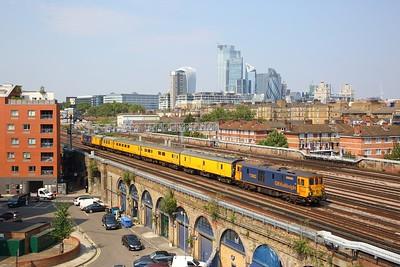 73962+73963 on the 1Q76 1123 Tonbridge Yard to Polgate via London Bridge and Hove departing London Bridge on the 27th August 2019