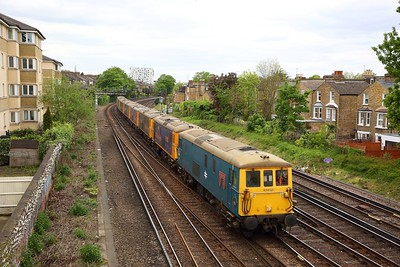 73201+73136+73109+73107+73141+73212+73119+73128 on the 0X36 Kentish Town to Tonbridge yard at Brixton on the 6th May 2019