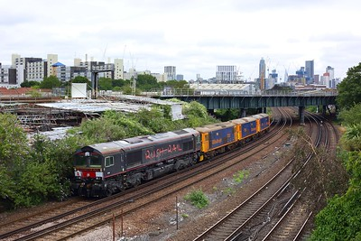 66792 tails 73212, 73136 and 73107 at Latchmere junction woking the 0O19 Peterborough to Tonbridge on 30 June 2020  GBRf66, GBRf, SouthLondonline