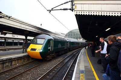 The Final HST out of Paddington with the exception of forthcoming tour, 43198+43002 on the 1C26 1830 London Paddington to Taunton at London Paddington on the 18th May 2019