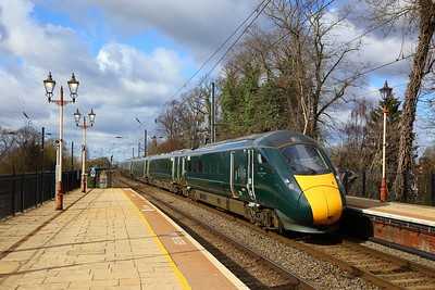 800019+800030 on the 1A08 0815 Bristol Temple Meads to London Paddington at Hanwell on the 17th March 2019