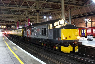 37608 on the 3Q09 Woking to Hither Green at London Waterloo on the 31st January 2017 1
