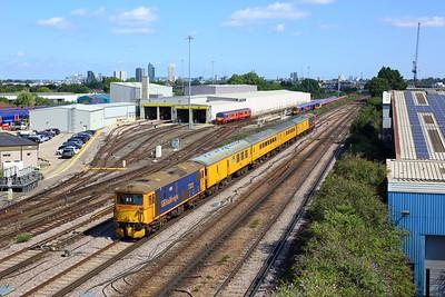 73212 leading 73213 working 5Z22 1013 Woking to Woking via London Waterloo at Wimbledon on 11 August 2021  Class73, GBRf, TestTrain, SWML, SWMLLondon