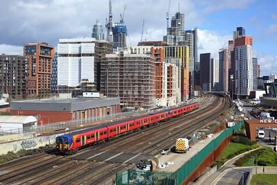 455750 leads 455735 on 2O31 1233 London Waterloo to London Waterloo via Richmond, Kingston loop at Nine Elms on 11 March 2021  Class455, SWMLLondon, SWR