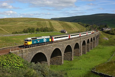 47593 leading 47712 with 1Z42 1035 Appleby to Skipton at Dandry Mire viaduct on 31 August 2020  LSL, Class47, SandC