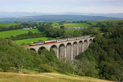 47712 leading 37521 on 1Z45 1612 Skipton to Appleby at Smardale viaduct on 15 August 2020  Class47, LSL, SandC
