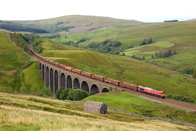 66152 powering the 6M97 Tees Dock to New Biggin at Arten Gill viaduct on 21 July 2020  DB66, SandC