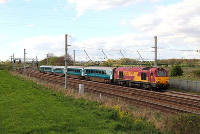 67020 on the 1D31 Manchester Piccadilly to Llandudno at Winwick on 17th April 2017