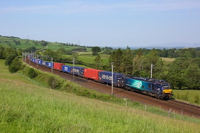 88007 working the 4S43 Daventry to Mossend at Lambrigg on 25 June 2020