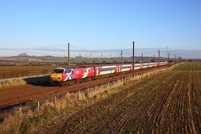 91101 on the 1S08 0830 London Kings Cross to Edinburgh at Drem on the 30th November 2019