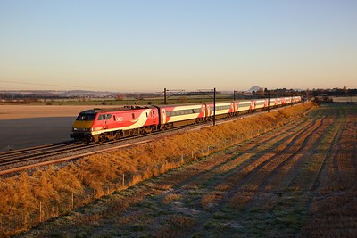 91116 on the 1S02 0612 Doncaster to Edinburgh at Ballencrief on the 30th November 2019