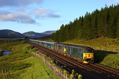 73967 leads 73968 works the 1S25 London Euston to Inverness at Wade Bridge, Dalwhinnie on 8 August 2020  HML, Class73, GBRf