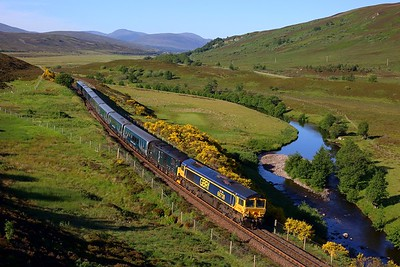 66738 leading 73967 on 1S25 London Euston to Inverness at Crubenmore on 29 June 2021  GBRf66, CaledonianSleeper, HML, LateSleeper