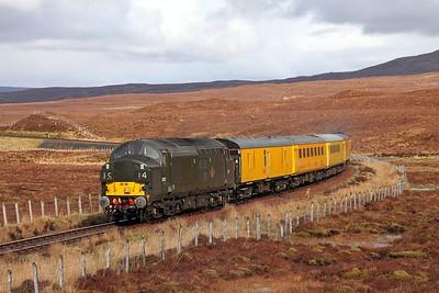 37057 tnt 37421 on the 1Q78 Inverness Millburn to Inverness Millburn via Kyle of Lochalsh at Luib Summit on the 16th April 2017