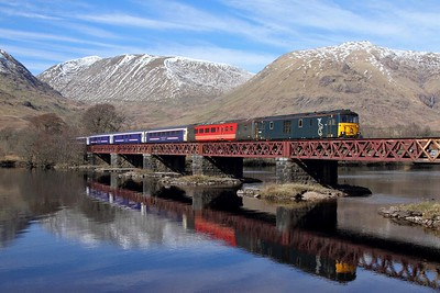 73968+73967 on the 5Y11 1030 Oban to Polmadie at Loch Awe on 25th March 2017