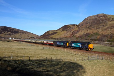 37218+37607 on the 1Z71 0800 Inverness to Wick at Rogart on the 5th April 2015