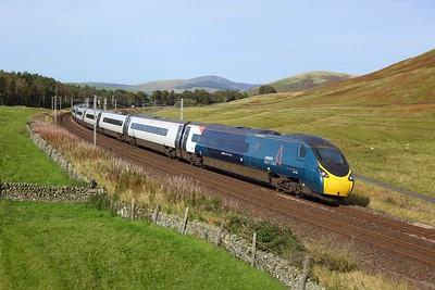 390148 working 1M15 1437 Glasgow Central to London Euston at Castle Hill, Abington on 27 September 2020  Class390, Avanti, WCMLScotland