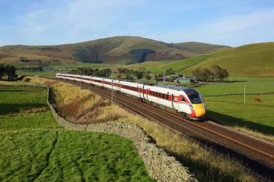 800107 working 1E25 1544 Edinburgh to London Kings Cross at Crawford, Abington on 27 September 2020  Class800, LNER, WCMLScotland