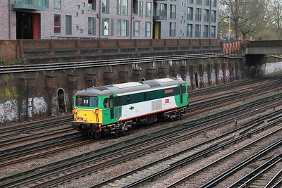 73202 on the 0Z73 St Leonards to Stewarts Lane at Clapham junction on the 3rd March 2017