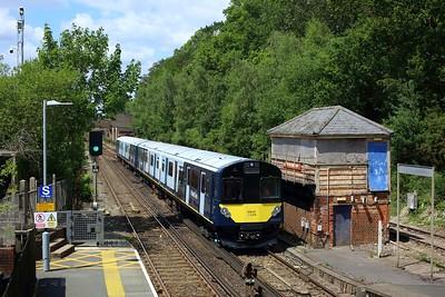 484003 leading 484002 on 5Q23 1243 Fareham to Fareham via Eastleigh South yard at Botley on 14 July 2021 1  Class484, SWR, EastleighFarehamLine, 484Testing