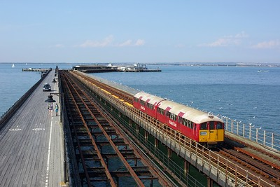 483008 working the 2D43 1607 Ryde Pier Head to Shanklin departing Ryde Pier Head on 11 August 2020