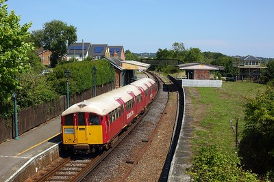 483008 working the 2D27 1207 Ryde Pier Head to Shanklin at Brading on 11 August 2020  Class483, SWR, Islandline