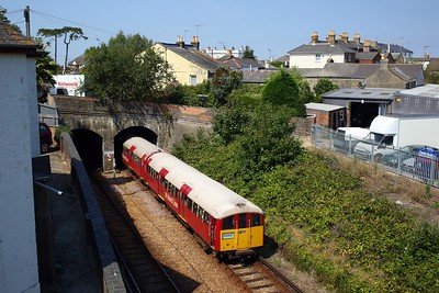 483006 working the 2D33 1349 Ryde Pier Head to Shanklin exiting Ryde tunnels on 11 August 2020  SWR, Class483, Islandline