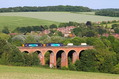 37069+37059 6M95 Dungeness to Crewe at Eynsford viaduct on the 1st June 2017