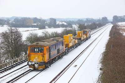 73212 tnt 73141 on the 3Y03 Tonbridge West Yard circular going to Gillingham via Bromley at Otford Junction on the 1st March 2018 1