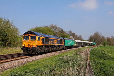 66770+465044 on the 5X87 Slade Green to Tonbridge Yard on the Medway Valley at Teston Lane near Wateringbury on the 8th April 2017