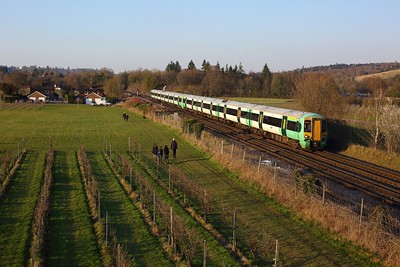 377145 leading 377110 on 1I40 1525 London Victoria to Horsham at Dorking on 27 February 2021  Class377, Southern, MoleValley